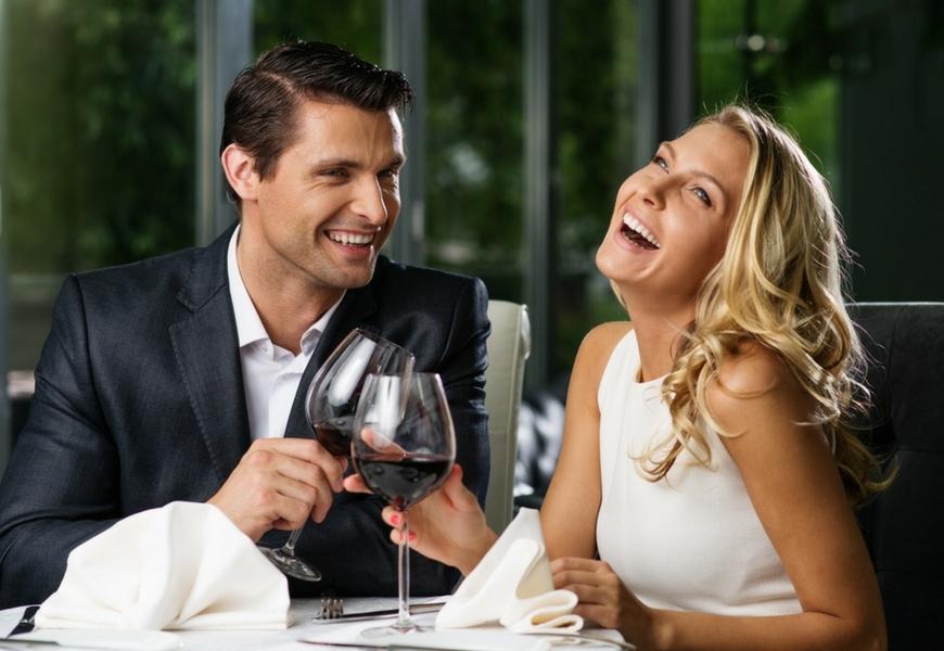 il-vino-rosso-combatte-la-carie