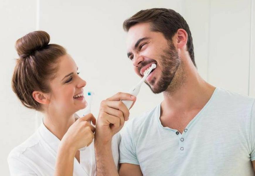 gengivite-necrotizzante-previenila-con-igiene-orale