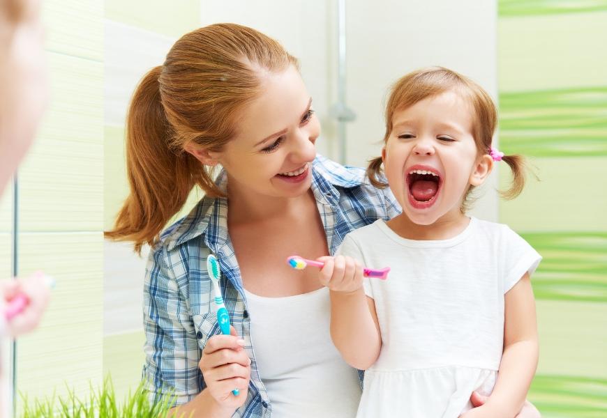 prevenire-la-carie-nei-bambini