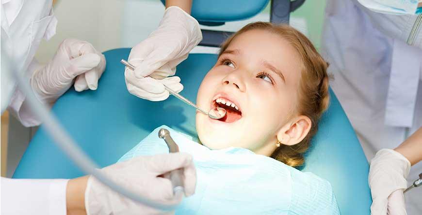 cattive-abitudini-ortodonzia-bambini